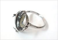 台だけの指輪